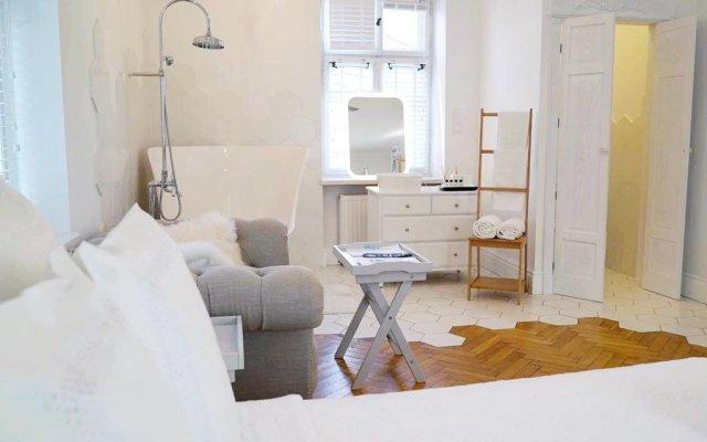 Отель Apartamenty Ambasada Польша, Варшава - отзывы, цены и фото номеров - забронировать отель Apartamenty Ambasada онлайн комната для гостей