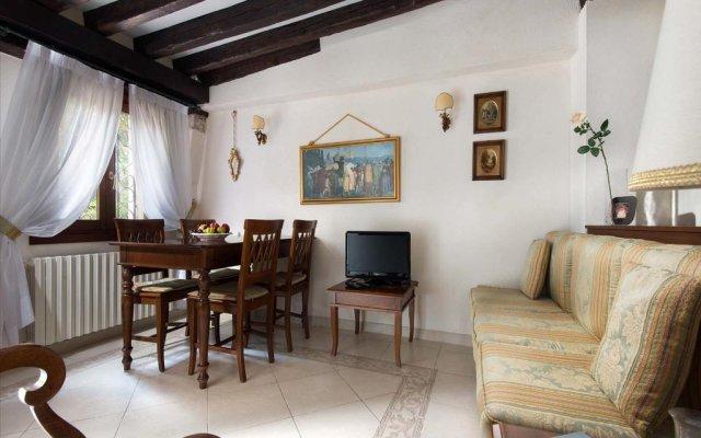 Отель San Giacomo Италия, Венеция - отзывы, цены и фото номеров - забронировать отель San Giacomo онлайн комната для гостей