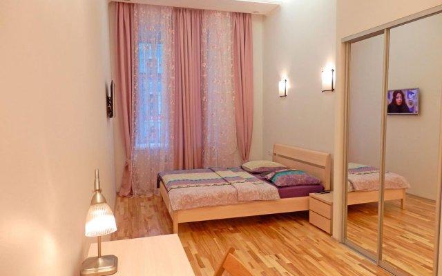 Апартаменты Feelathome на Невском комната для гостей