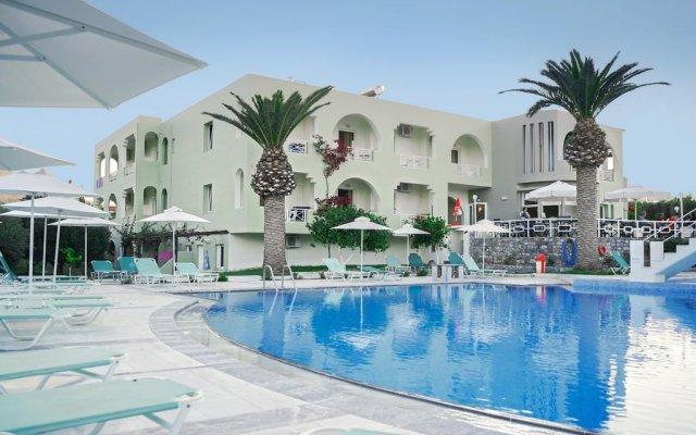 Отель Vardis Olive Garden бассейн