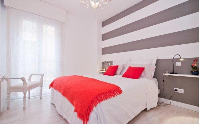 Отель La Latina Star комната для гостей