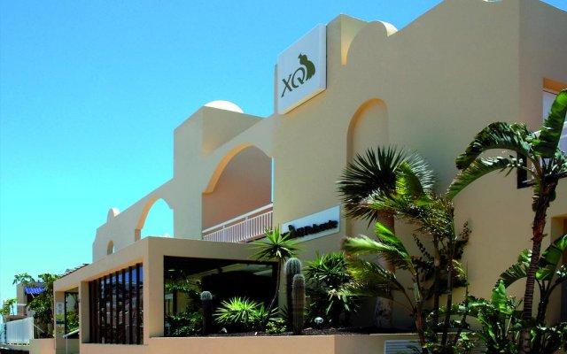 Отель XQ El Palacete вид на фасад