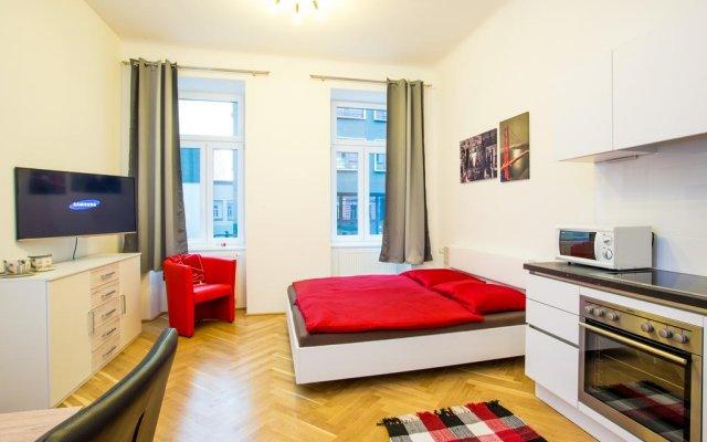 Апартаменты Living Like Home Apartments Вена комната для гостей