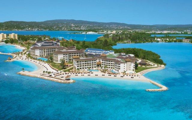 Отель Secrets Wild Orchid Montego Bay - Luxury All Inclusive Ямайка, Монтего-Бей - отзывы, цены и фото номеров - забронировать отель Secrets Wild Orchid Montego Bay - Luxury All Inclusive онлайн пляж