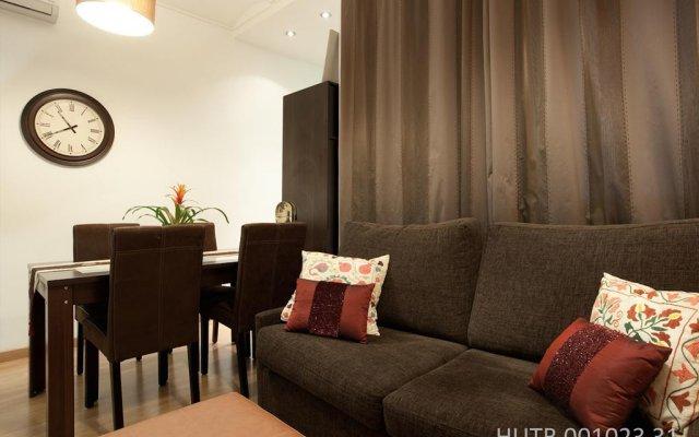 Отель Alcam Montjuic Барселона комната для гостей