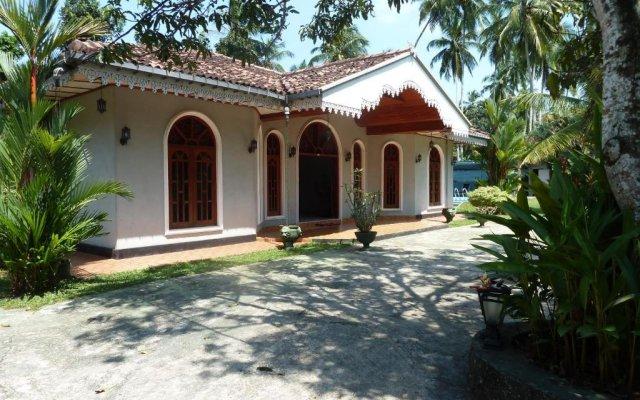 Отель Villa La Luna Шри-Ланка, Берувела - отзывы, цены и фото номеров - забронировать отель Villa La Luna онлайн вид на фасад