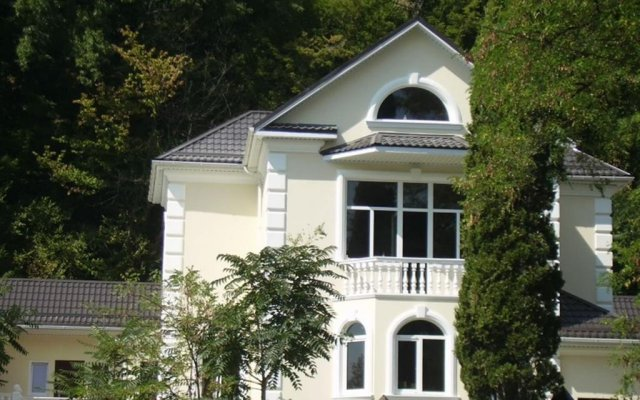 Гостевой дом Прохлада вид на фасад
