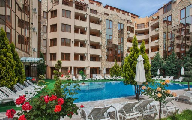 Апартаменты Emerald Paradise Apartments бассейн