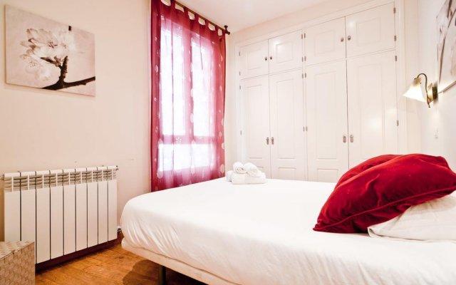 Отель Gran Via I Santa Ana комната для гостей