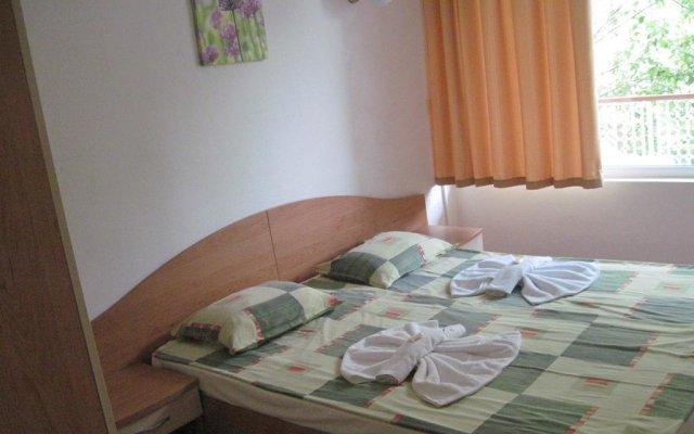Отель Holiday Complex Sunny Beach - Ministerial Council Болгария, Солнечный берег - отзывы, цены и фото номеров - забронировать отель Holiday Complex Sunny Beach - Ministerial Council онлайн комната для гостей