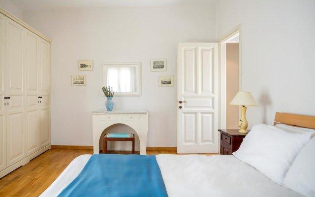 Отель Cosmos Beach House комната для гостей