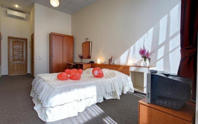 Мини-Отель Ринальди Гармония комната для гостей