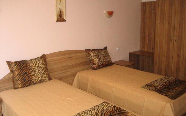 Отель Guest House Orchidea Поморие комната для гостей