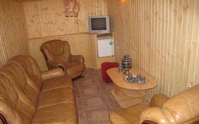 Golden Ledy Guest House 1