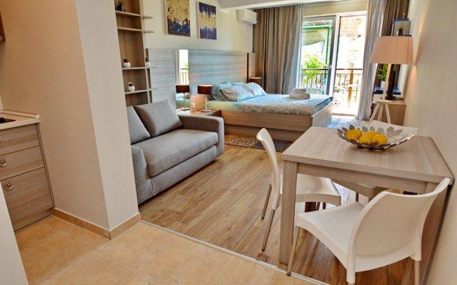 Отель Studios Dimitris Черногория, Тиват - отзывы, цены и фото номеров - забронировать отель Studios Dimitris онлайн комната для гостей