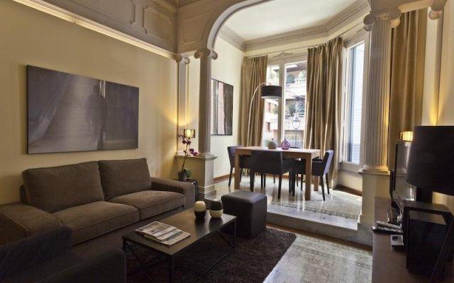 Отель Palauet Tres Torres Барселона комната для гостей