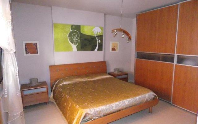Отель Wilson Square Aparment Албания, Тирана - отзывы, цены и фото номеров - забронировать отель Wilson Square Aparment онлайн комната для гостей