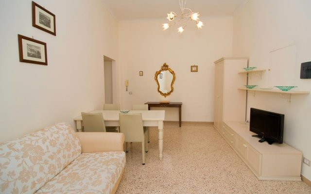 Апартаменты Apartment Maison D'Art комната для гостей