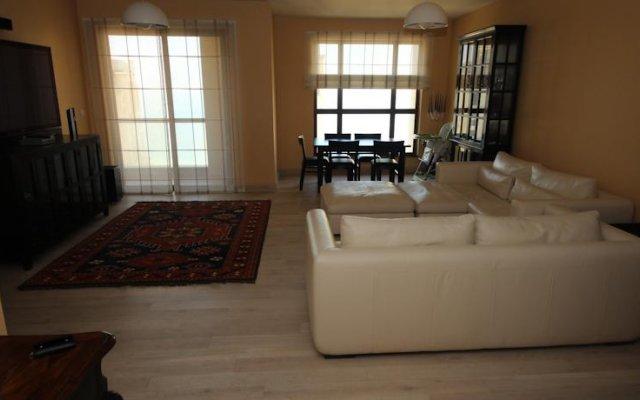 Отель Jumeirah Beach Residence Clusters комната для гостей