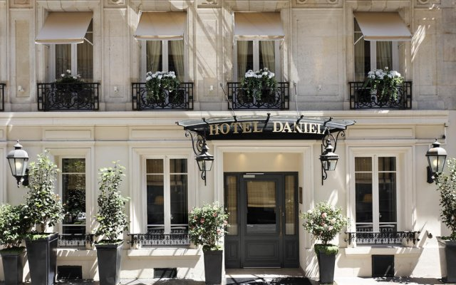 Отель Daniel Paris Франция, Париж - отзывы, цены и фото номеров - забронировать отель Daniel Paris онлайн вид на фасад