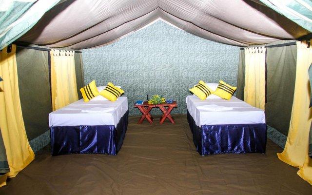 Отель Tuskers Camping комната для гостей