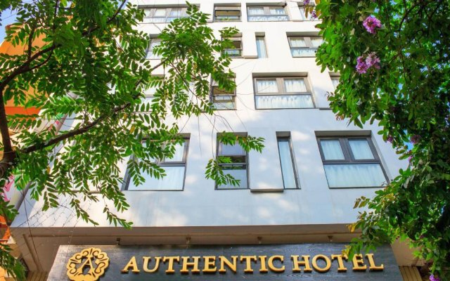 Authentic Hanoi Boutique Hotel вид на фасад