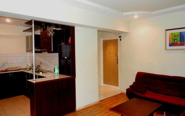 Отель Zakyan Apartment Армения, Ереван - отзывы, цены и фото номеров - забронировать отель Zakyan Apartment онлайн комната для гостей