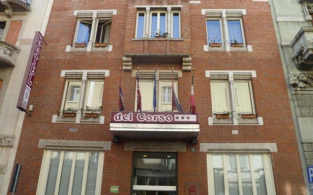 Отель Del Corso вид на фасад