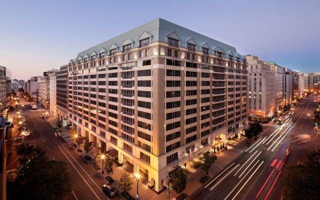 Отель Grand Hyatt Washington вид на фасад