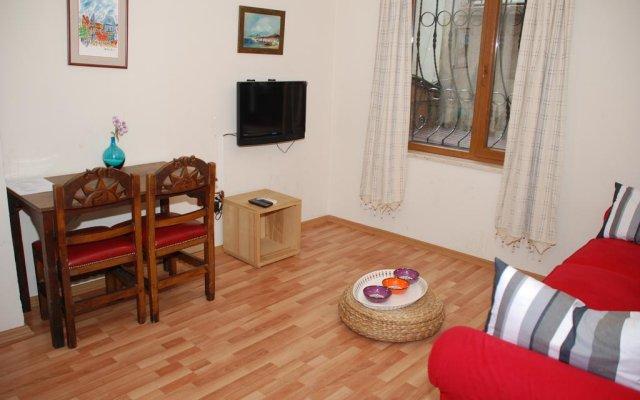 Апартаменты Istanbul Apartments® Istiklal комната для гостей