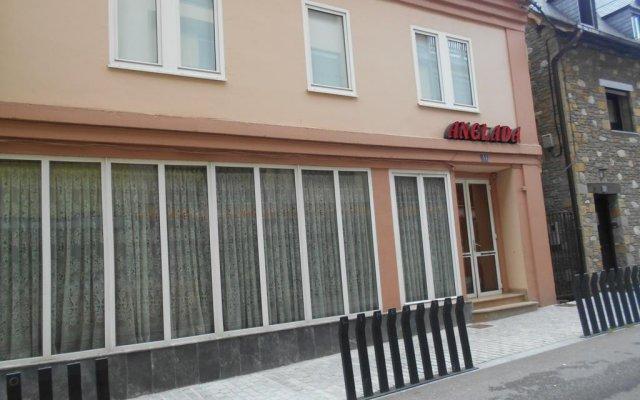 Hotel Anglada вид на фасад