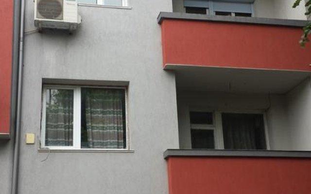 Апартаменты The Studio вид на фасад