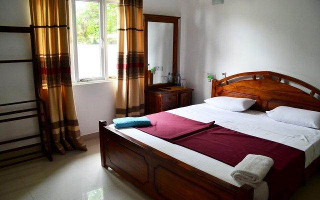 Отель RajDanist Guest House комната для гостей