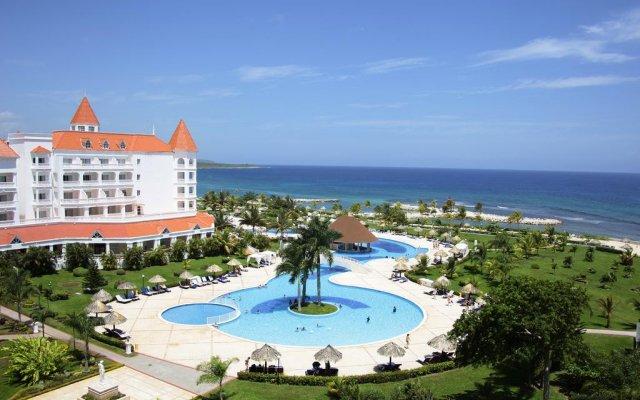Отель Grand Bahia Principe Jamaica Ранавей-Бей пляж