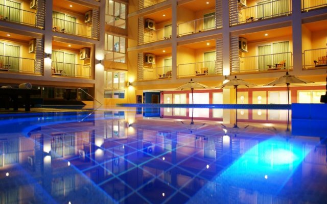 Отель Best Bella Pattaya вид на фасад