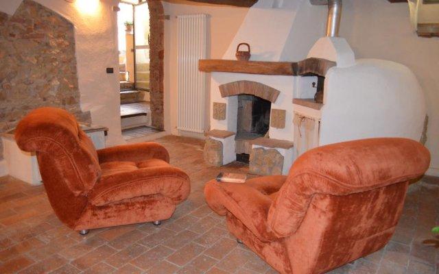 Отель La Vite In Castello Монтескудаио комната для гостей