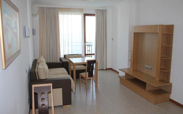 Отель GT Emerald Resort & SPA Apartments Болгария, Равда - отзывы, цены и фото номеров - забронировать отель GT Emerald Resort & SPA Apartments онлайн комната для гостей