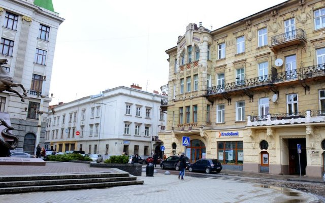 Апартаменты Lviv's University apartments вид на фасад