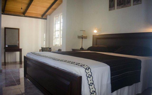Отель Villa 4 Sinharaja комната для гостей
