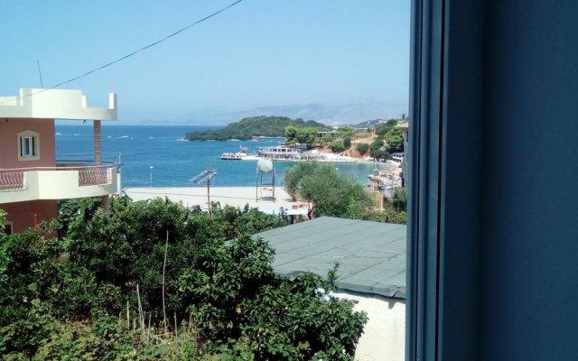 Отель Holiday Home Minaj Албания, Ксамил - отзывы, цены и фото номеров - забронировать отель Holiday Home Minaj онлайн комната для гостей