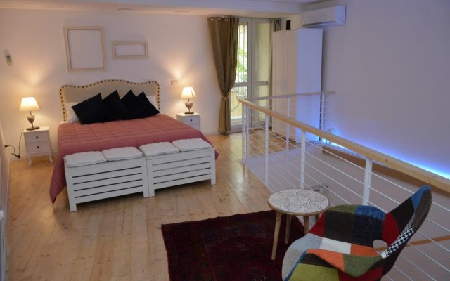 Отель Loft Del Teatro Сиракуза комната для гостей
