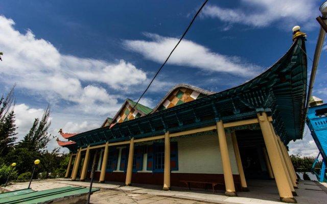 Turkestan Yurt Camp