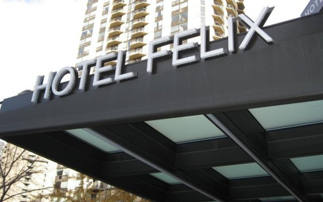 Hotel Felix Chicago 1
