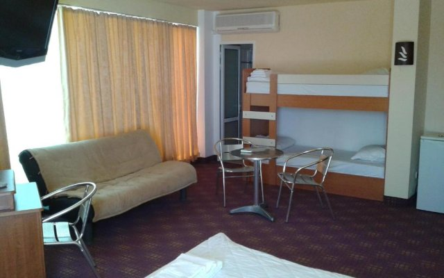 Hotel Elit комната для гостей