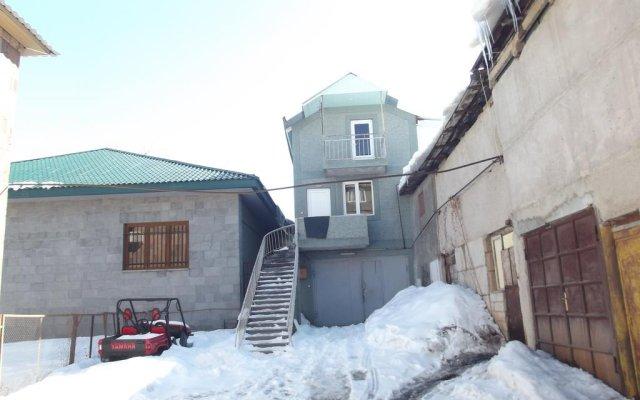 Отель Cottage in Tsaghkadzor Orbeli вид на фасад