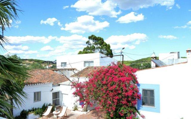 Отель Monte da Lagoa вид на фасад