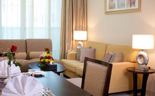 Montana Hotel Apartments комната для гостей