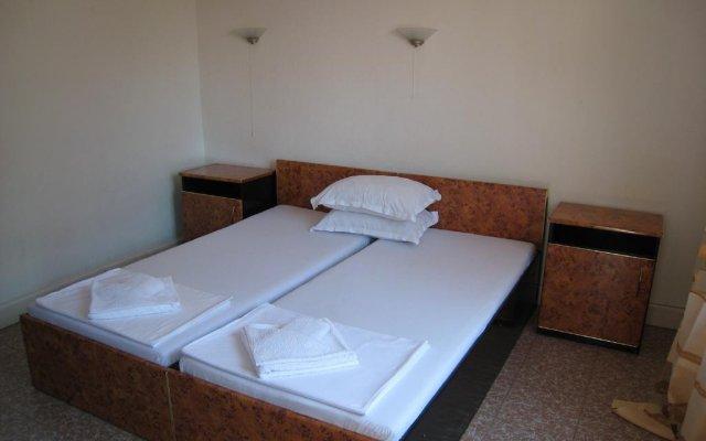 Отель Family Hotel Saint Marina Болгария, Поморие - отзывы, цены и фото номеров - забронировать отель Family Hotel Saint Marina онлайн комната для гостей