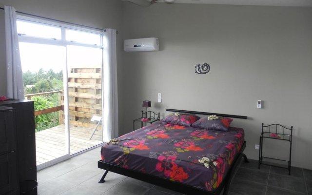 Отель Fare Arana Муреа комната для гостей