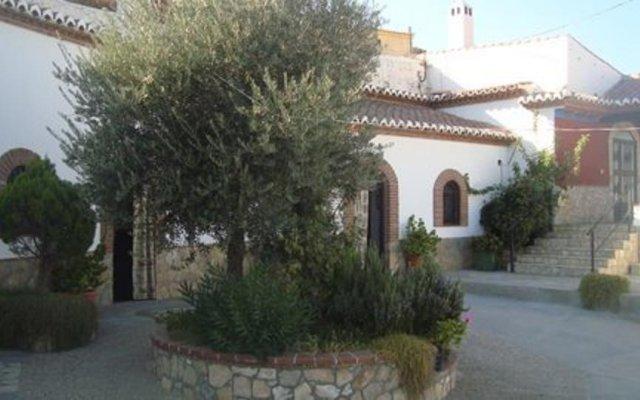 Отель Cuevas de Medinaceli вид на фасад